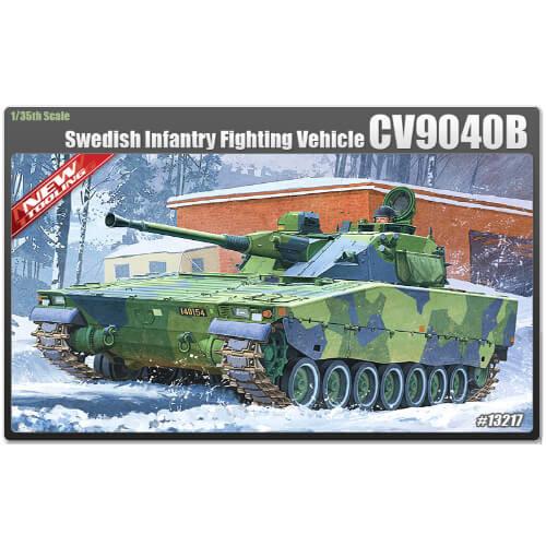 ACADEMY 13217 1/35 SWEDISH INFANTRY FIGHTING CV-9040B